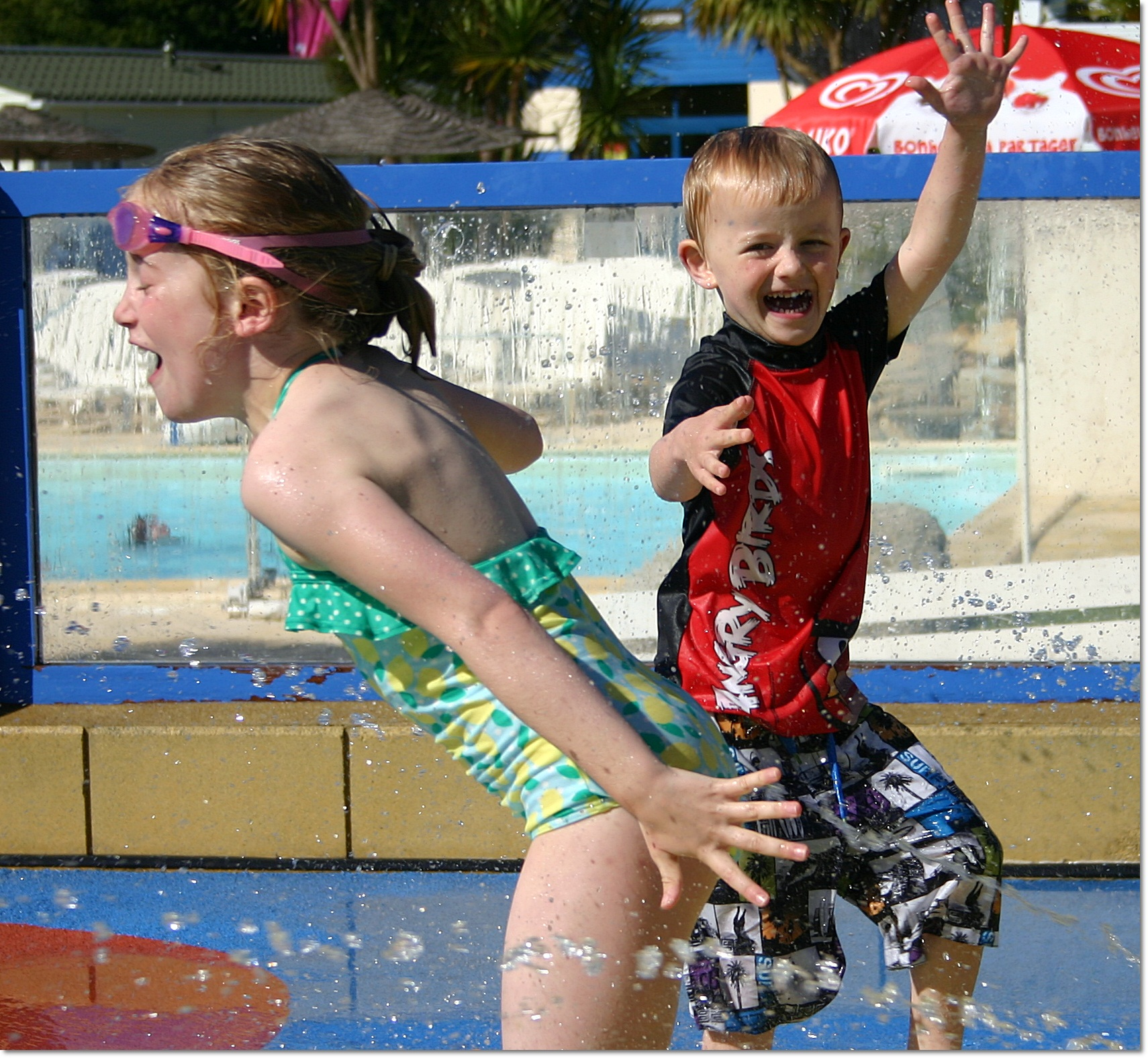 Family travel tips - find a good water park