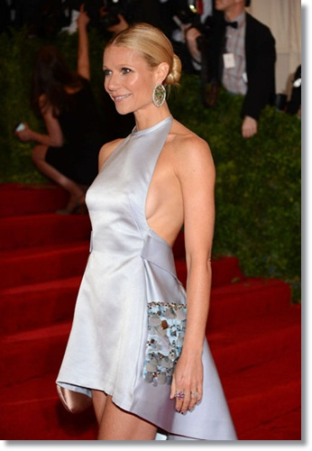 Always wear a bra if you want to look good in photos. Unless you're Gwyneth Paltrow