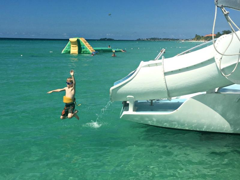 Catamaran slide