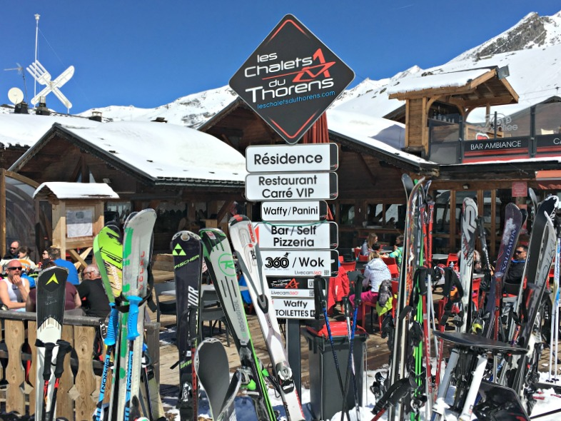 Where to eat in Val Thorens - Les Chalets du Thorens has a huge range of food options and a great sunny outside area