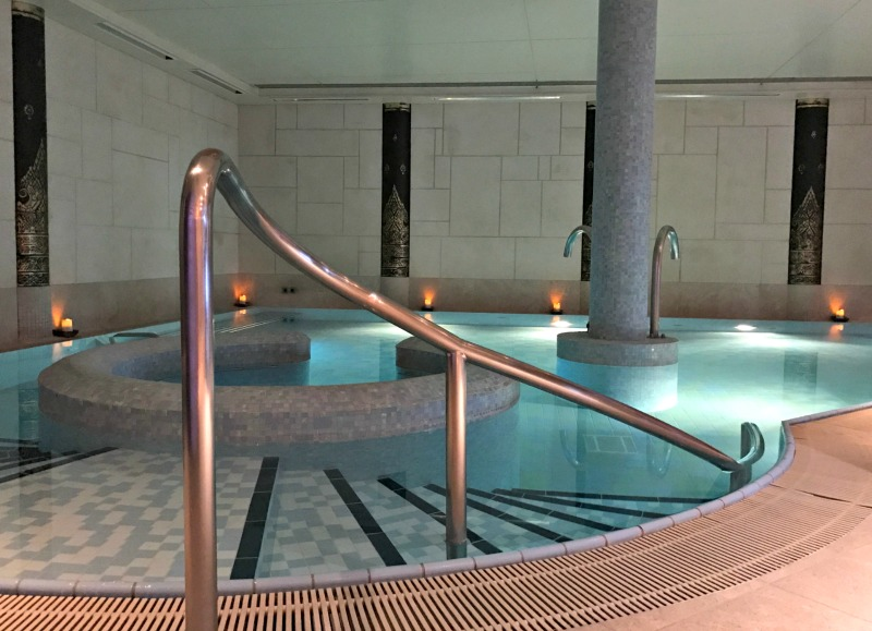 Hydrotherapy pool Careys Manor Senspa review New Forest