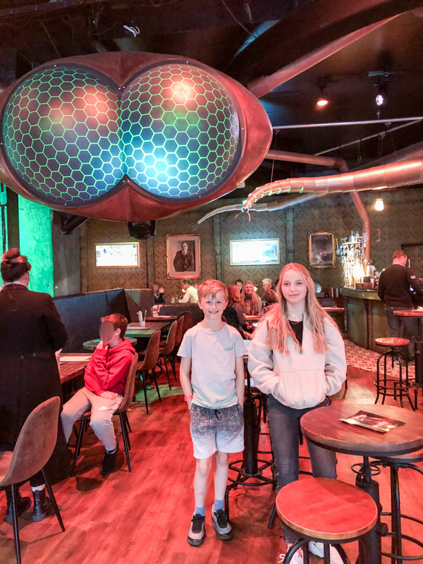 In the bar before the War of the Worlds immersive experience