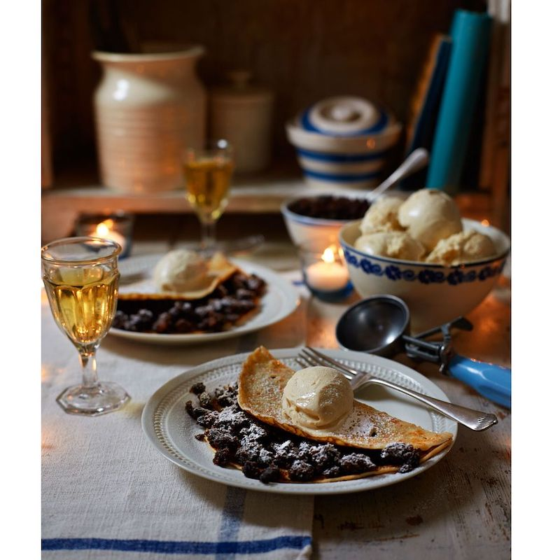 Christmas cake leftovers ideas - these crepes look amazing