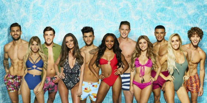 Parenting Teens: Why I'm letting my 13 year old watch #LoveIsland
